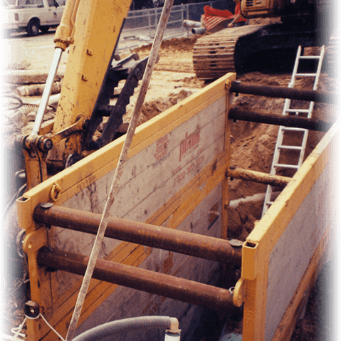 ALUMINIUM PANELS SHIELDS (Steel Framed)